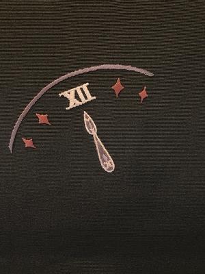 半衿 刺繍 シンデレラ 黒・レッドパープル系 正絹 塩瀬 カボチャの馬車 衿秀 和装小物 ※販売のみ