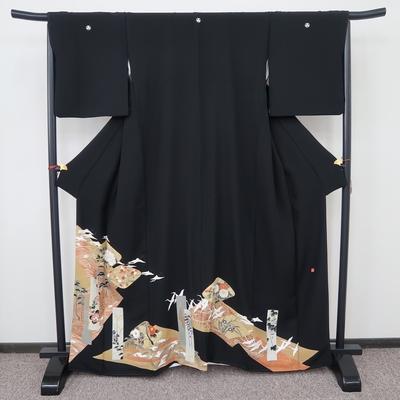 レンタル3泊4日 黒留袖 正絹 袷 花短冊と鶴松の浦