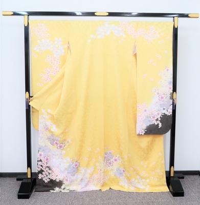 1月レンタル 振袖 正絹 黄色振袖 桜と小花