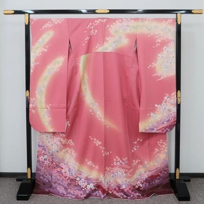 1月のレンタル 振袖 正絹 ピンク系 桜に紫と黄緑ぼかし