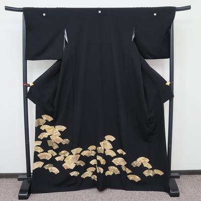 レンタル3泊4日 黒留袖 正絹 袷 扇地紙散らし