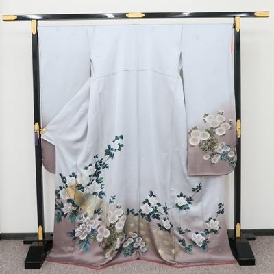 2月~12月のレンタル 振袖 正絹 金孔雀に白の牡丹と菊と椿