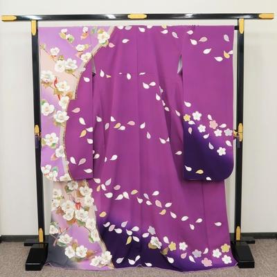 2月~12月のレンタル 振袖 正絹 白い花と色づく葉に小鳥