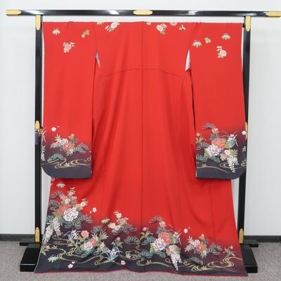 1月のレンタル 振袖 正絹 赤系 四季の花 黒鳶色ぼかし