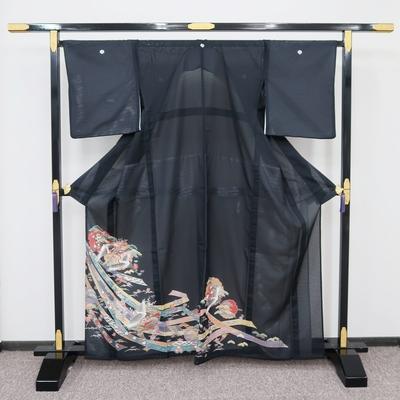 レンタル3泊4日 夏黒留袖 絽 化繊 熨斗と雪輪取り鶴松に宝尽くし