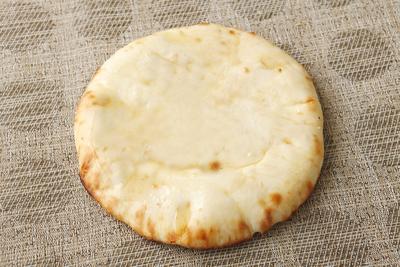 窯焼きチーズナン