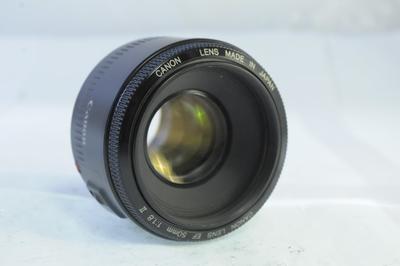 【D】キャノン CANON EF 50mm F1.8 II
