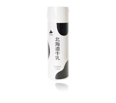 【小六】北海道牛乳エキス配合 化粧水