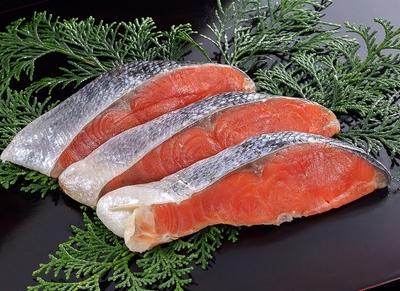 カナダ産 天然紅鮭(中辛)  3切
