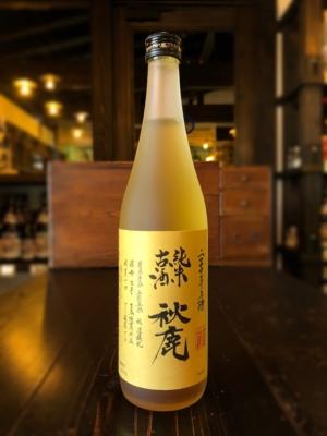 秋鹿 純米古酒 醸造年度2000年 720ml