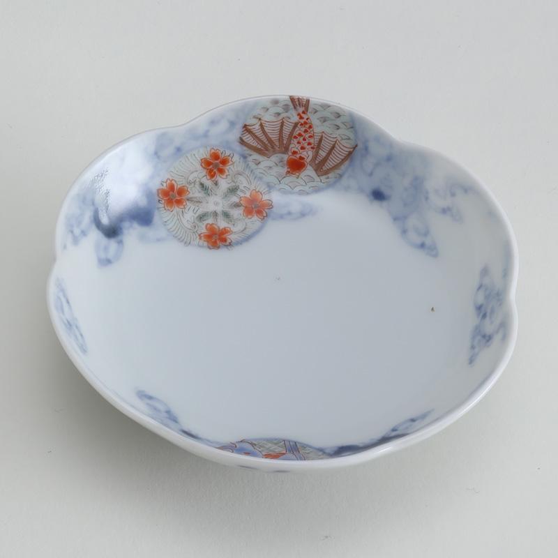里見盛栄 桜鯉輪花皿