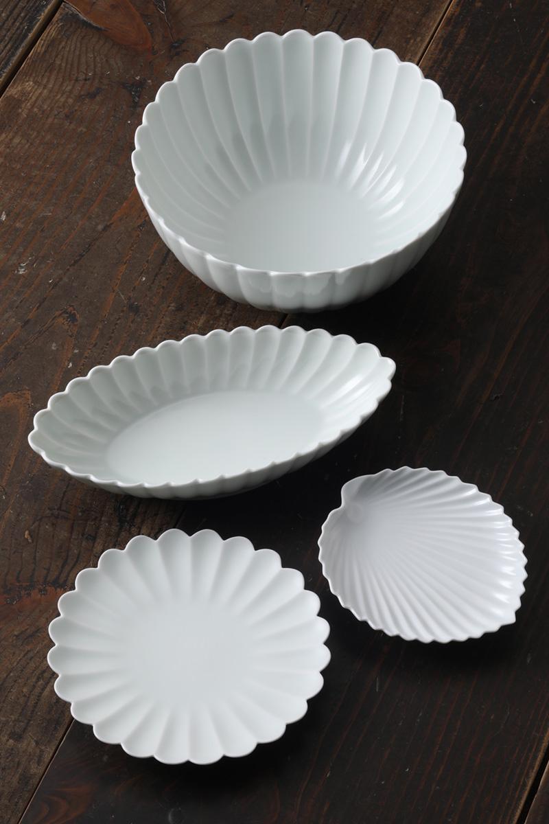 嘉久正窯:現代の代表作品:菊花鉢、棕櫚葉形皿、菊花皿、菊花長鉢