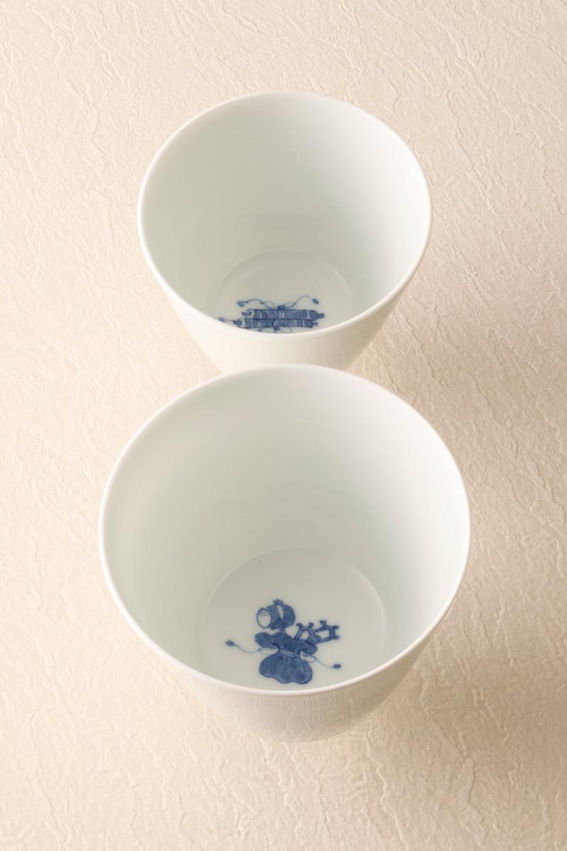 嘉久正窯:現代の代表作品:巾着文杯、巻物文杯