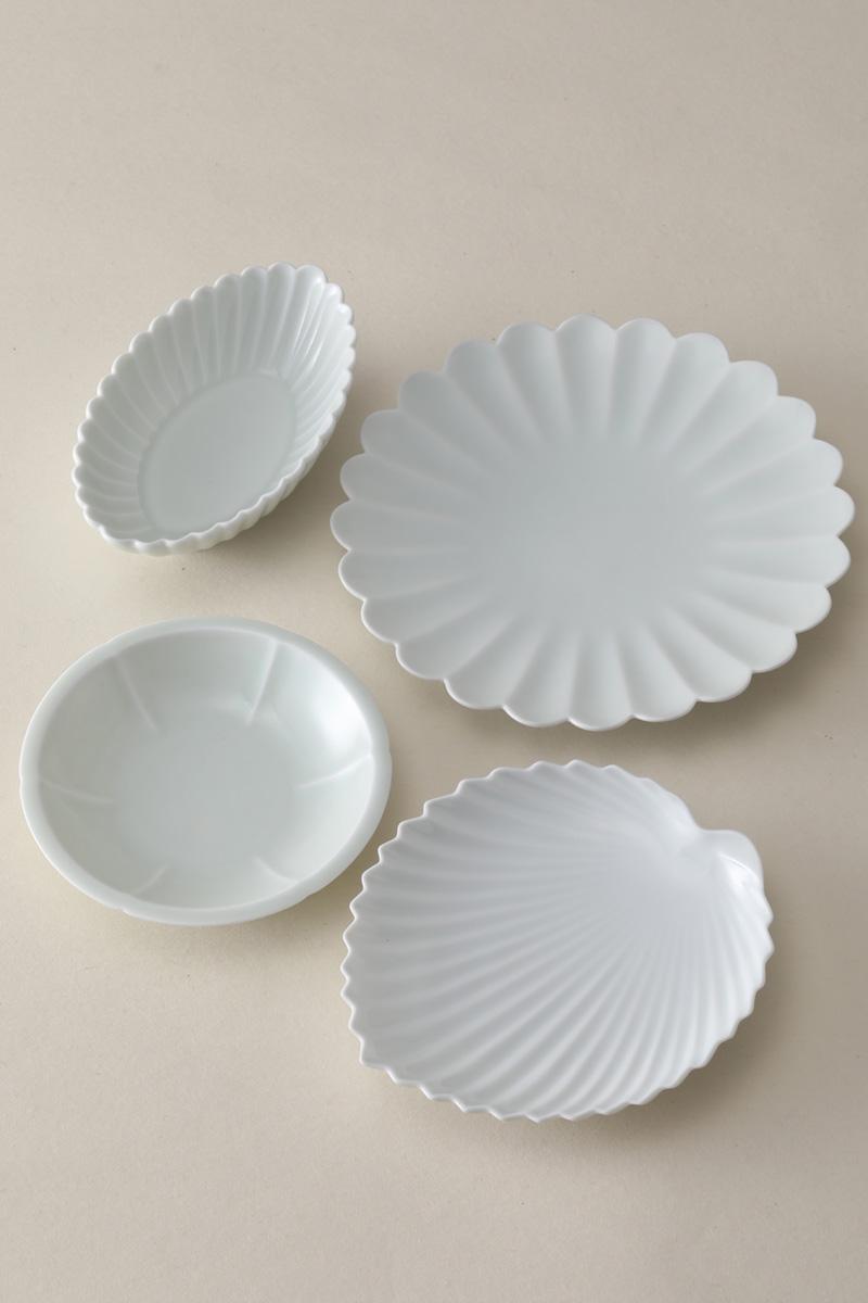 嘉久正窯:現代の代表作品:菊花皿、棕櫚葉形皿、輪花小皿、菊花長鉢