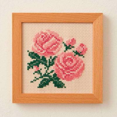 No.851 ルシアン 刺繍キット 小さな花のフレーム ばら