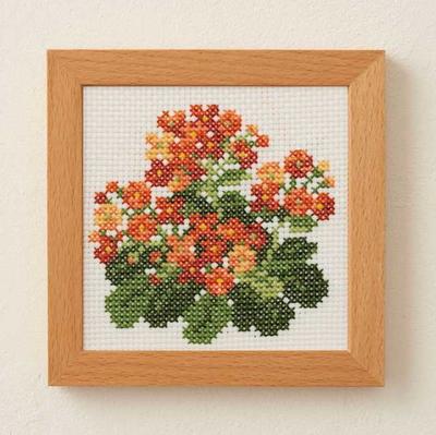 No.882 ルシアン 刺繍キット 小さな花のフレーム カランコエ