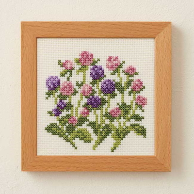 No.885 ルシアン 刺繍キット 小さな花のフレーム 千日紅