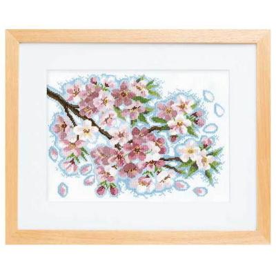 桜堤のほとりで 刺繍キット No.7179