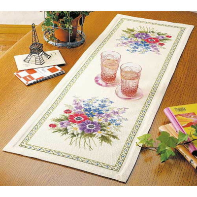 アネモネのテーブルセンター 刺繍キット No.1188