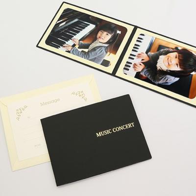 ポケット台紙 『MUSIC CONCERT』  2Lサイズ 2面ヨコ  写真台紙 / ペーパーフォトフレーム ピアノ バイオリン 音楽発表会
