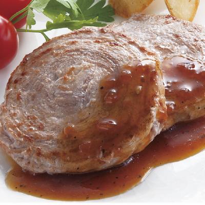 国産黒毛和牛・鹿児島黒豚ロールステーキ