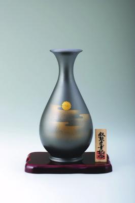 菊紋花瓶 細達磨9号
