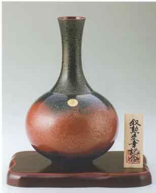 菊紋花瓶 宝月型