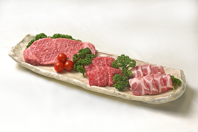 バラエティ焼肉セット(味彩牛モモ200g×2、ロースステーキ150g×1、りんどうポーク300g×1)