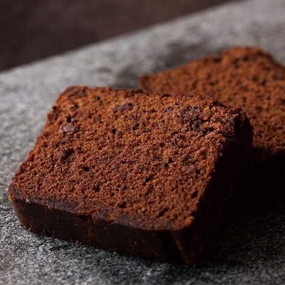 ラム酒香る、大人の「チョコレートケーキ」
