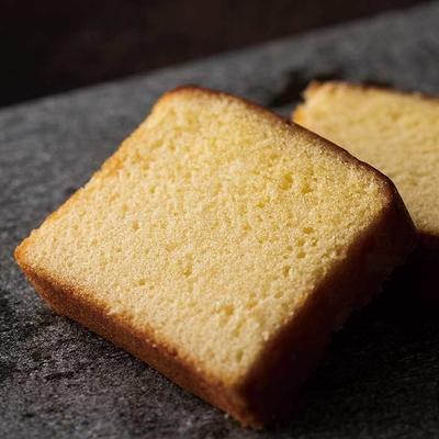 ブランデー香る、大人の「レモンケーキ」