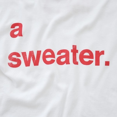 a sweater. Tシャツ