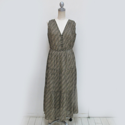 (lady's) 総柄ティアードワンピース gray beige (Lop013)
