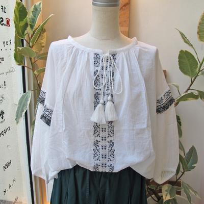 (lady's) Hunch/ハンチ コットンボイル金糸刺繍ブラウス white (Lshi020)
