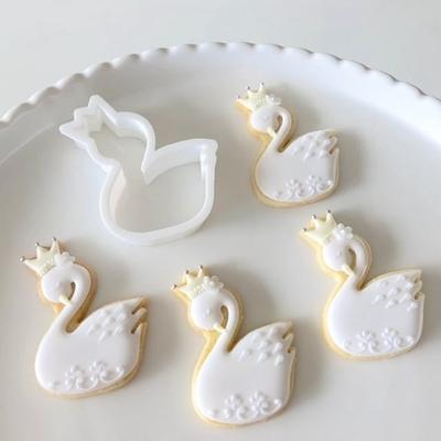 【C.bonbon original】スワンのクッキーカッター
