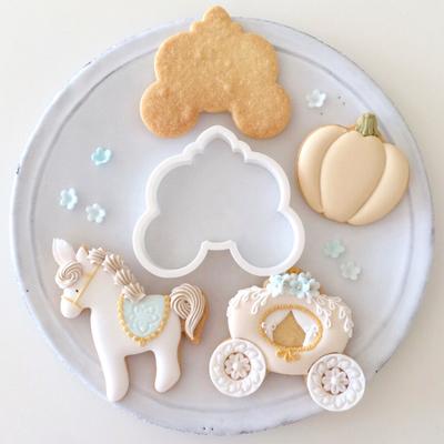 【Fiocco original】キャリッジ クッキーカッター