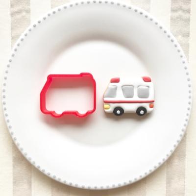 救急車のクッキーカッター(0055)