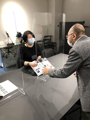 R0005飛沫感染防止アクリルパーテーション(中) 傷がつきにくいタイプ