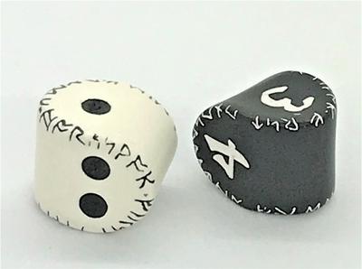 ユニーク ルーニック【ブラック&ホワイト・ホワイト&ブラックダイス】 【バリエーションあり】