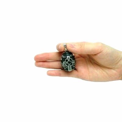 ケルティッククロスが特長オルゴールボール♪ケルトデザインエッグ形