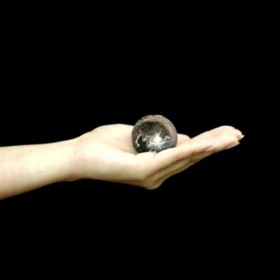 癒しの音色のハーモニー♪オルゴールボールハンドベル地球柄径40mm