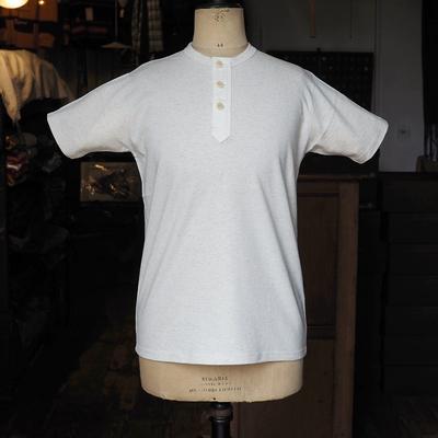 ジャンゴアトゥール スリーボタン ヘンリーネック 半袖 Tシャツ  ecru