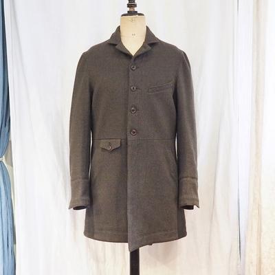 ジャンゴアトゥール ヴィクトリアンズ ウール フロックコート <AL>  antiqueolive