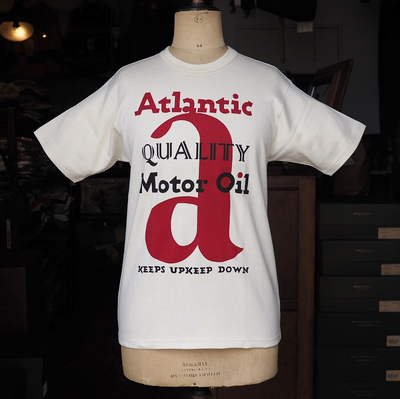 "ブートレガーズ Tシャツ ""ATLANTIC MOTOR OIL"" STRAW CREAM"