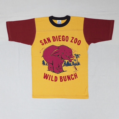 "ブートレガーズ Tシャツ ""SAN DIEGO WILD BUNCH"" MILKY GOLD×LOBSTER RED×SHADY BLACK"