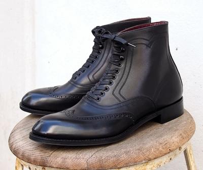 アジャスタブルコスチューム オーステリティー ブローグ ブーツ