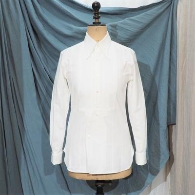アジャスタブルコスチューム×フランボヤント アーチド ロングポイント カラー シャツ ホワイト BRYWB別注