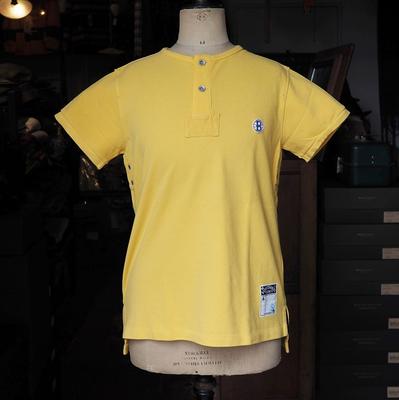 バーンストーマーズ フットボール オフィシャル スタイル 2ボタン クルーネック シャツ GOLD RUST