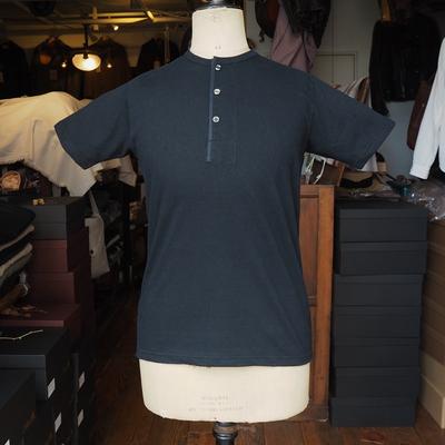 ジャンゴアトゥール フレンチ ヘンリーネック Tシャツ  black Lサイズ