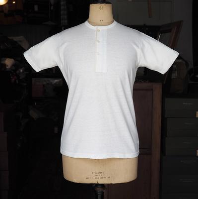 ジャンゴアトゥール フレンチ ヘンリーネック Tシャツ  offwhite