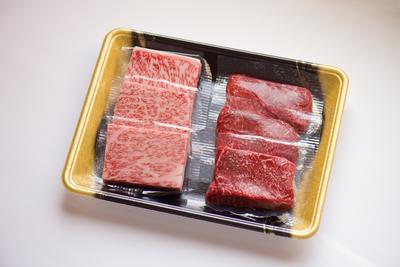 小形牧場牛 ステーキ食べ比べ(タレ付) 霜降り・赤身各50g×3枚